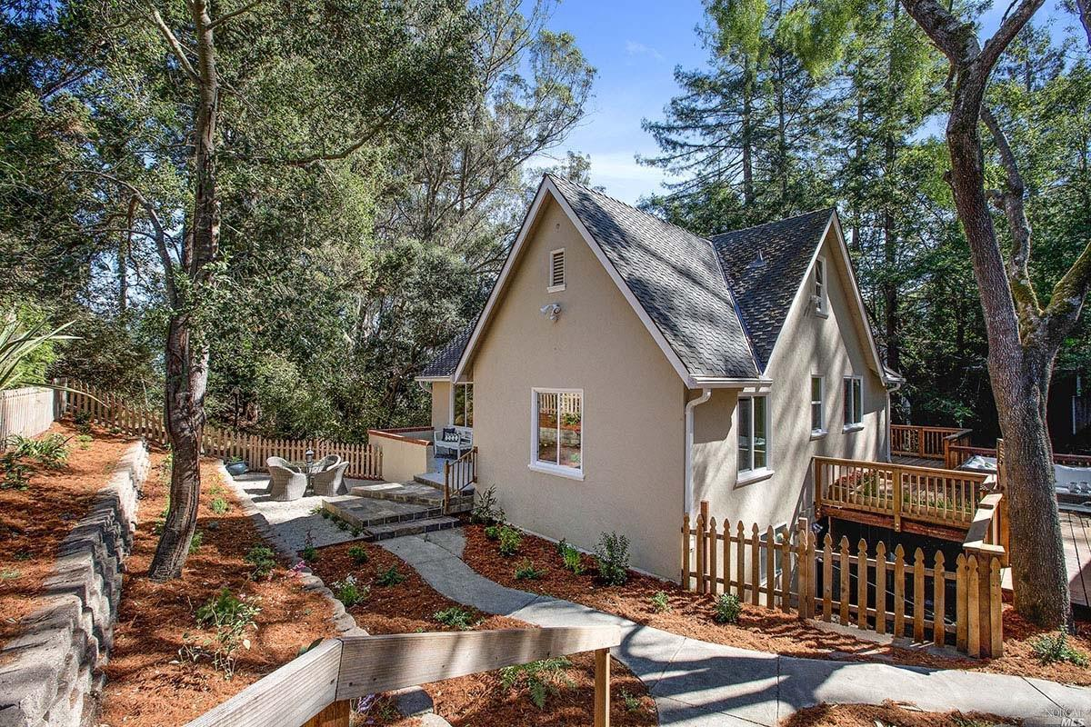 827 Smith Rd, Mill Valley, CA 94941