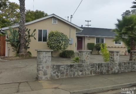 17970 Railroad Ave, Sonoma, CA 95476