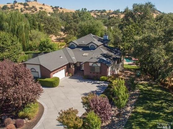 3940 Solar Hills Dr, Vacaville, CA 95688