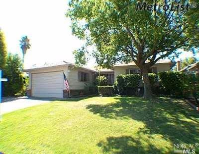 6818 Chevy Chase Way, Sacramento, CA 95823