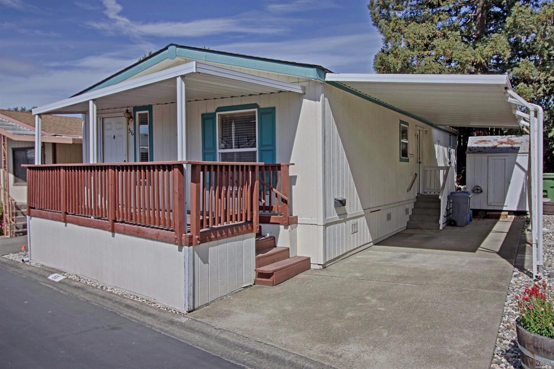 56 Bluejay Dr, Santa Rosa, CA 95409