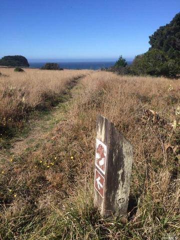 68 Black Point Reach Rd, The Sea Ranch, CA 95497