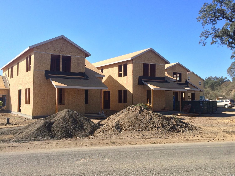 1605 Cali Lane, Healdsburg, CA 95448