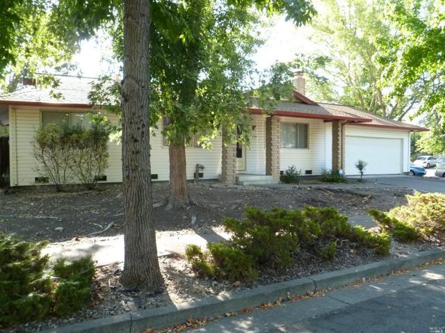 3714 View Ct, Santa Rosa, CA 95403