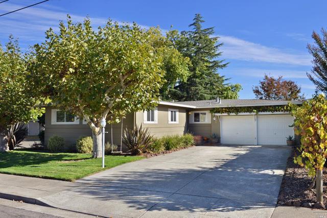2204 Cheyenne Dr, Santa Rosa, CA 95405