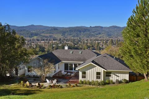 802 Benjamin Way, Healdsburg, CA 95448