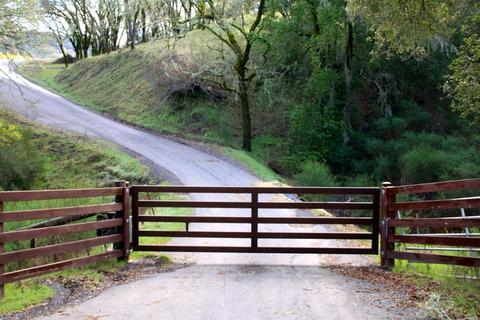 2476 Wright Ranch Ln, Healdsburg, CA 95448