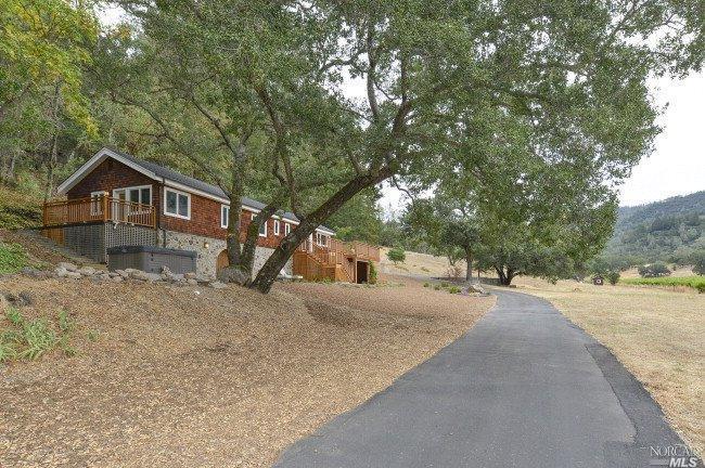 3794 Silverado Trail, Calistoga, CA 94515