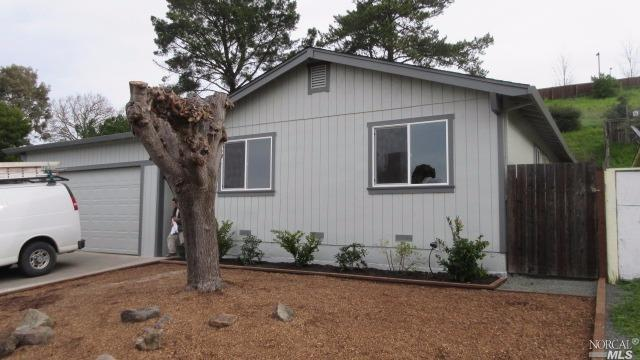 1846 Cooper Dr, Santa Rosa, CA 95404