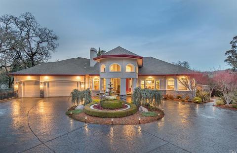 4588 Bennett Valley Rd, Santa Rosa, CA 95404