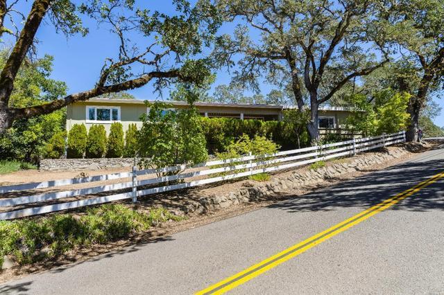 1850 Ridge Rd, Ukiah, CA 95482