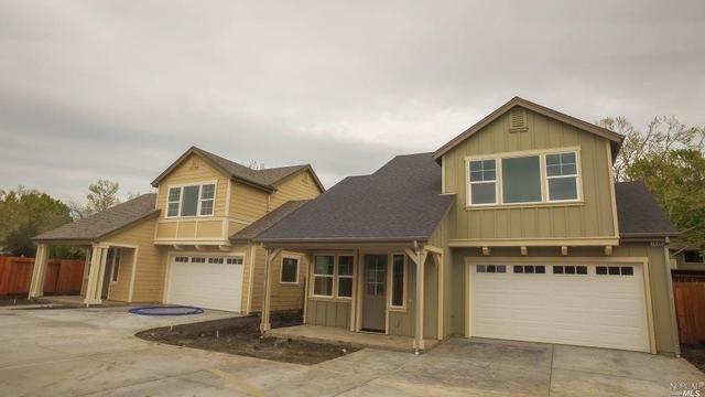 2698 Hardies Ln, Santa Rosa, CA 95403