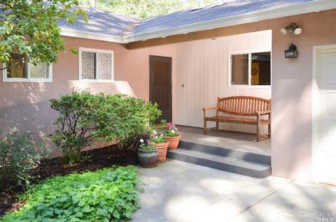 310 Alta Loma Dr, Angwin, CA 94508