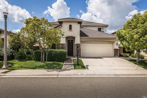 1324 Woodford Ln, Lincoln, CA 95648