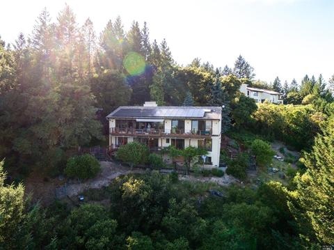 1325 Crestmont Dr, Angwin, CA 94508