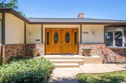 1200 W 3rd St, Benicia, CA 94510