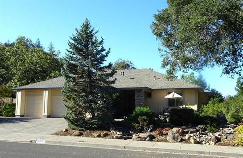 439 Woodley Pl, Santa Rosa, CA 95409