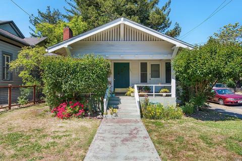 1207 Humboldt St, Santa Rosa, CA 95404