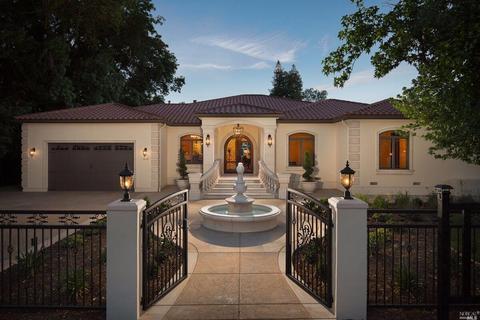 2620 Huntington Rd, Sacramento, CA 95864