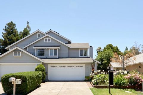 889 Sunset Ct, Fairfield, CA 94533