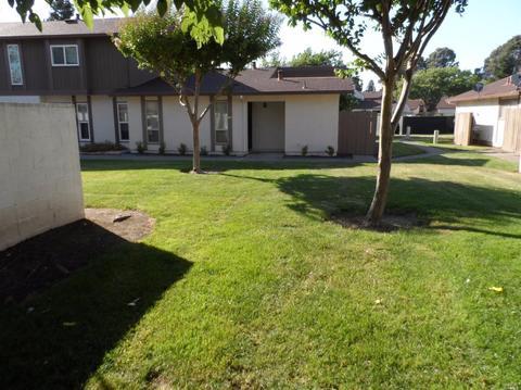 119 Del Norte Ct, Fairfield, CA 94533