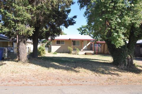 6319 10th Ave, Lucerne, CA 95458