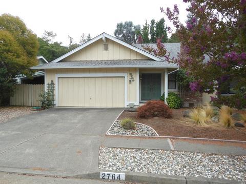 2764 Canterbury Dr, Santa Rosa, CA 95405