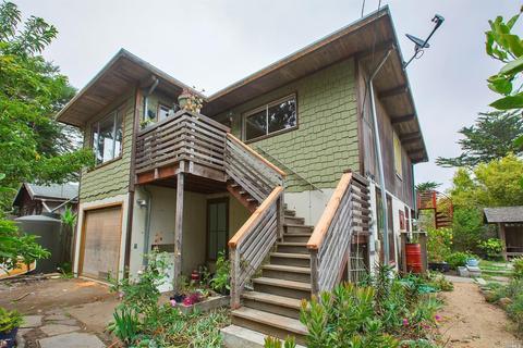 130 W Maple Rd, Bolinas, CA 94924