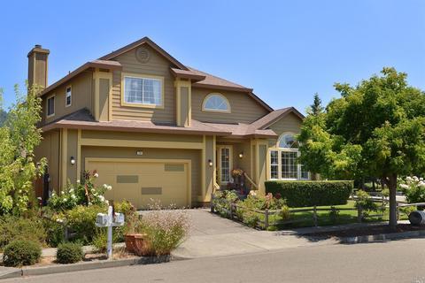 796 Berry Creek Pl, Santa Rosa, CA 95409