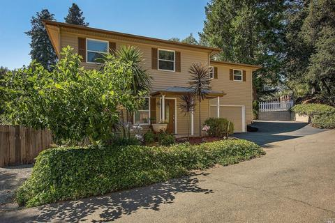 762 Sunnyside Rd, Saint Helena, CA 94574