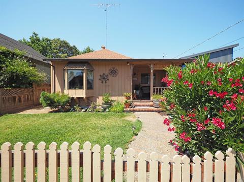 413 Bosley St, Santa Rosa, CA 95401
