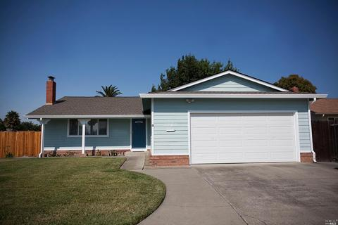 2203 Sandpiper Dr, Fairfield, CA 94533