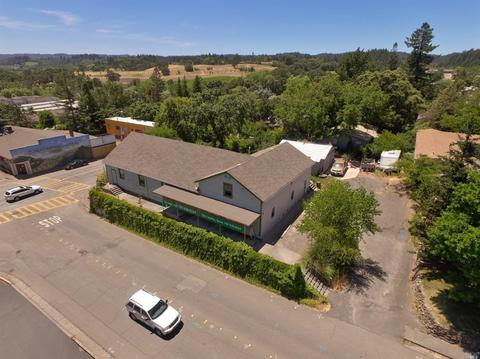 6530 Covey Rd, Forestville, CA 95436