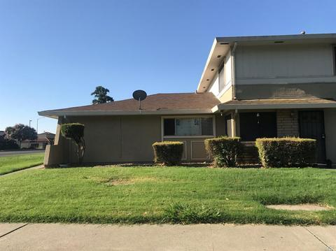 1967 Southwood Dr #2, Vacaville, CA 95687