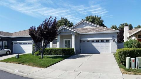 455 Marvin Gardens Dr, Vacaville, CA 95687