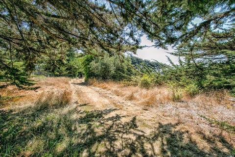36786 Mariners Dr, The Sea Ranch, CA 95497