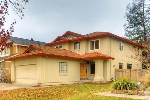 1515 Abercrombie Way, Petaluma, CA 94954