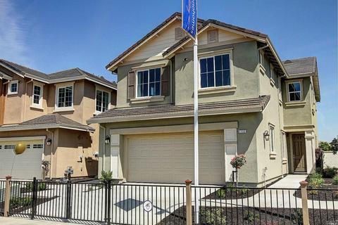 1717 Stoneman Dr, Suisun City, CA 94585