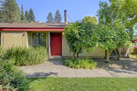 49 Redwood Ct, Santa Rosa, CA 95409