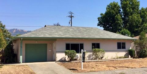 59 Clark Ave, Cloverdale, CA 95425