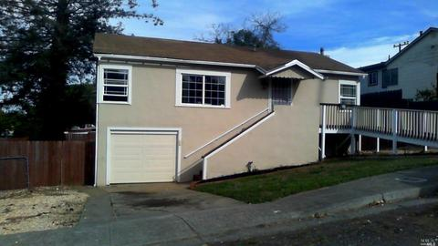 38 Hollywood Ave, Vallejo, CA 94591