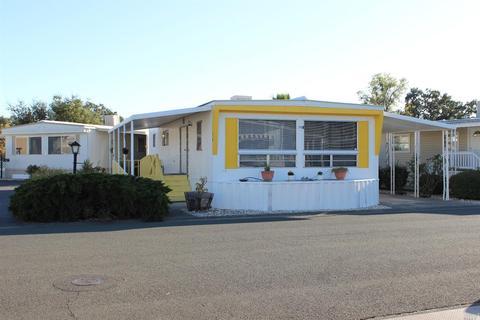 216 Colonial Park Dr, Santa Rosa, CA 95403