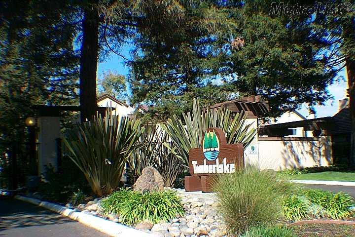 3701 Colonial Dr #APT 152, Modesto, CA