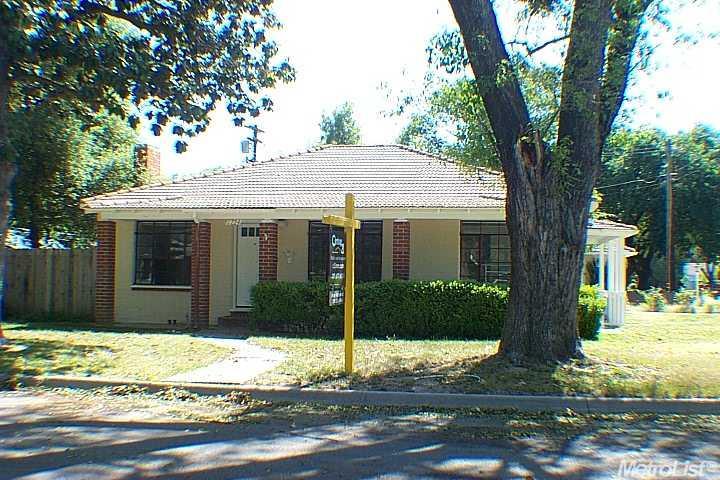 1224 Fulton St, Modesto, CA