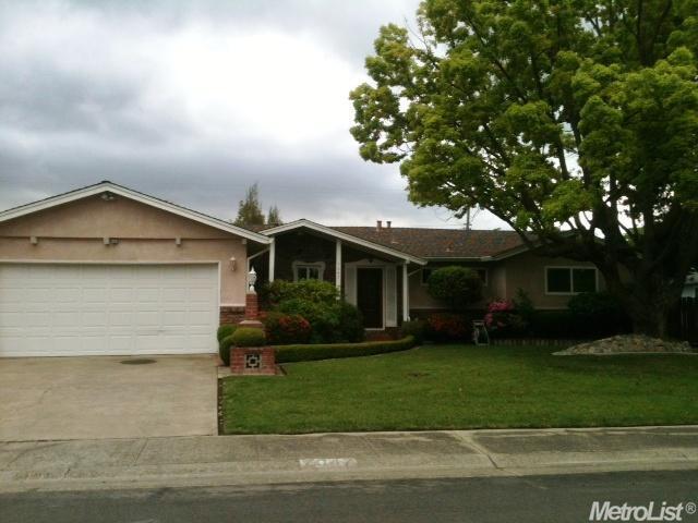7047 Wilshire Cir, Sacramento, CA