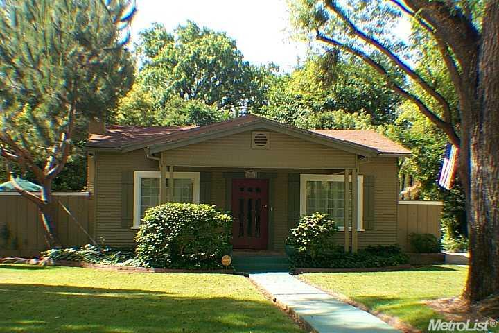 206 Helen Ave, Modesto, CA