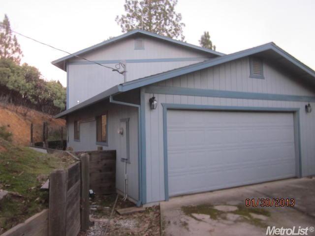 21710 Dawnridge Dr, Weimar, CA