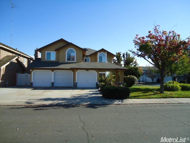 716 Parkston Ct, Modesto, CA