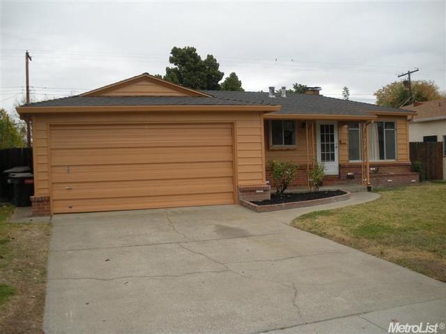6313 Laurine Way, Sacramento, CA 95824