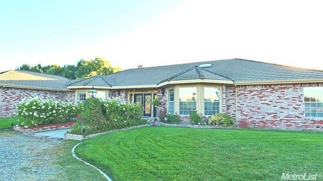 936 Russell Rd, Modesto, CA 95358